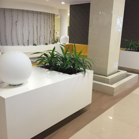 saramob design productie mobilier comercial centru medical baile felix